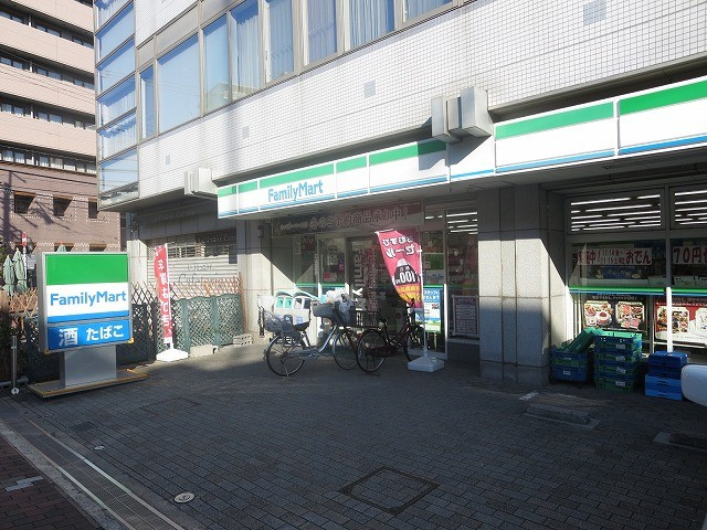 ファミリーマート大阪商大西店