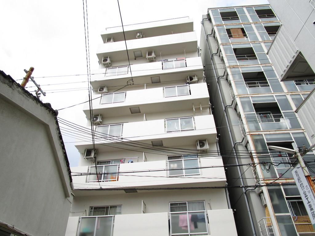 300947/建物外観