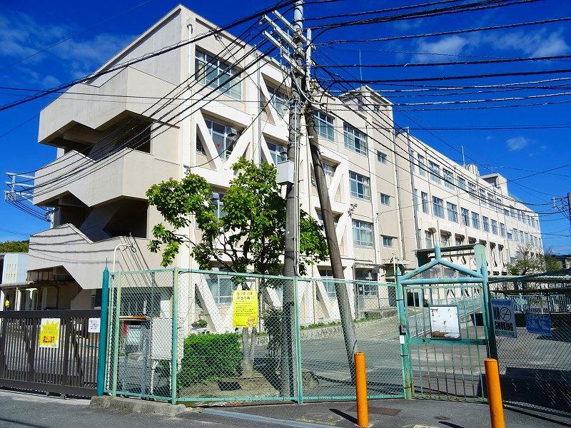高槻市立阿武野小学校