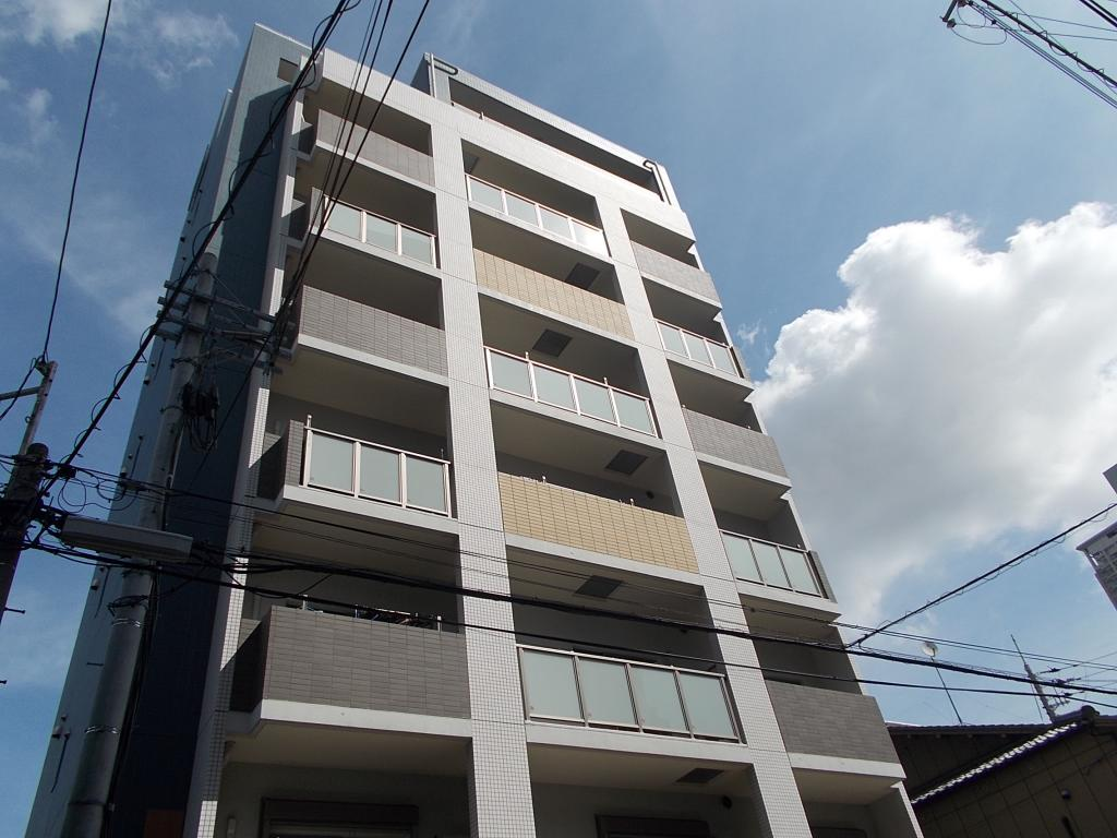056051/建物外観