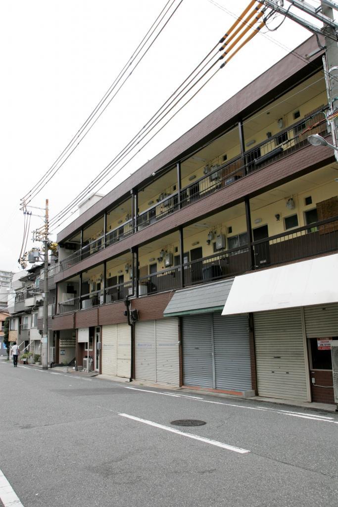 057447/建物外観