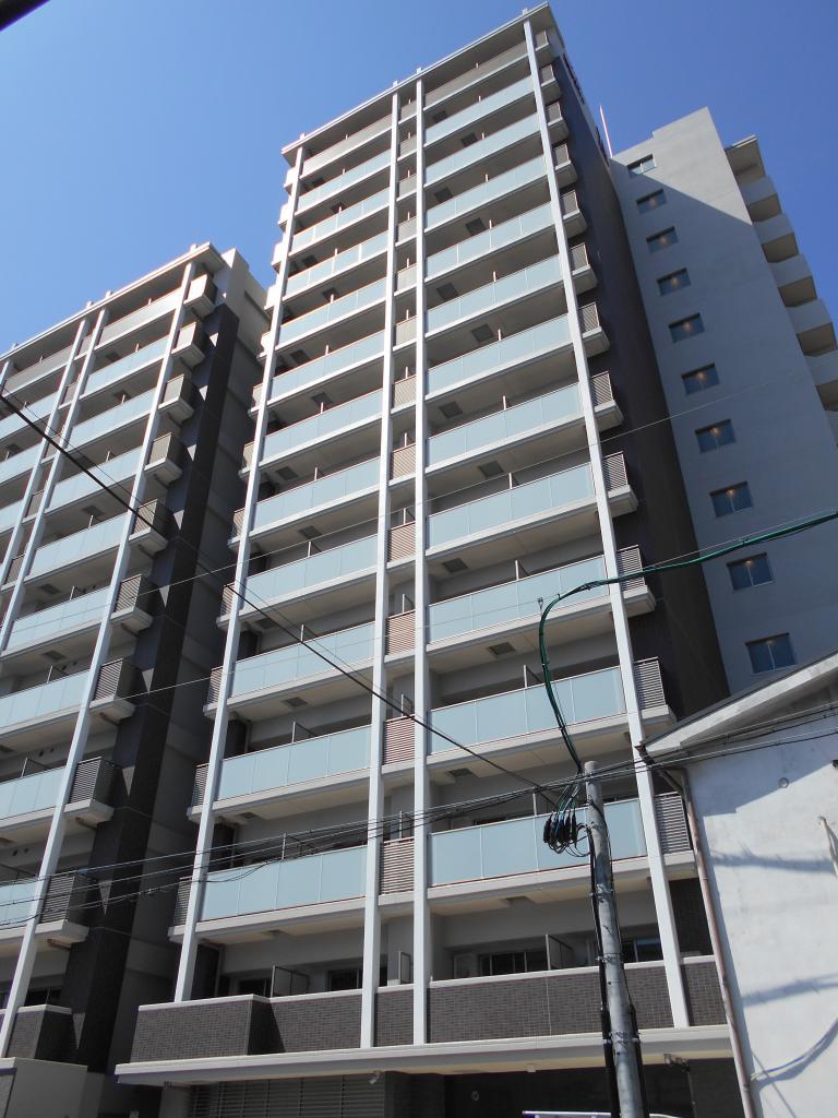 061322/建物外観