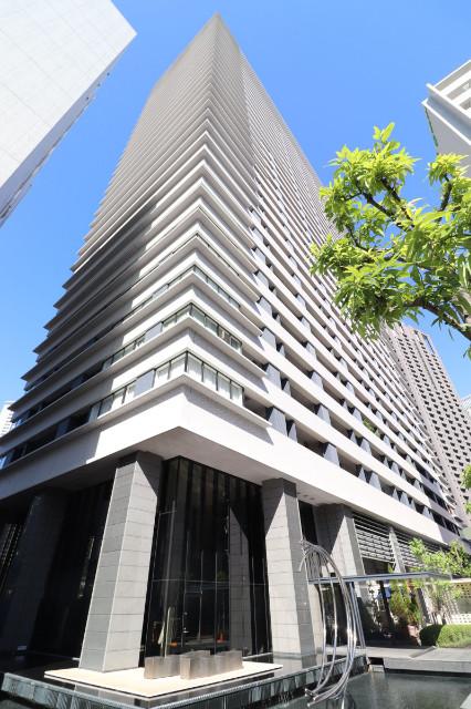 740947/34階建て高層タワーマンションです
